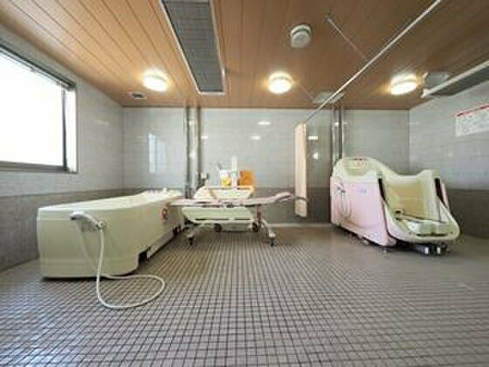 グラード栄東【浴室】